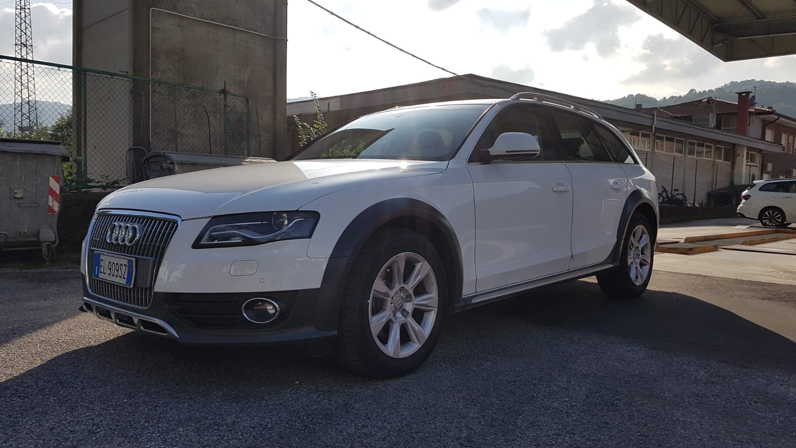 Audi A4 allroad 3.0 V6 TDI Advance Allroad